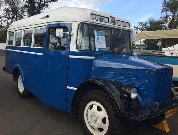 Служебный автобус 1949-1958 годы выпуска