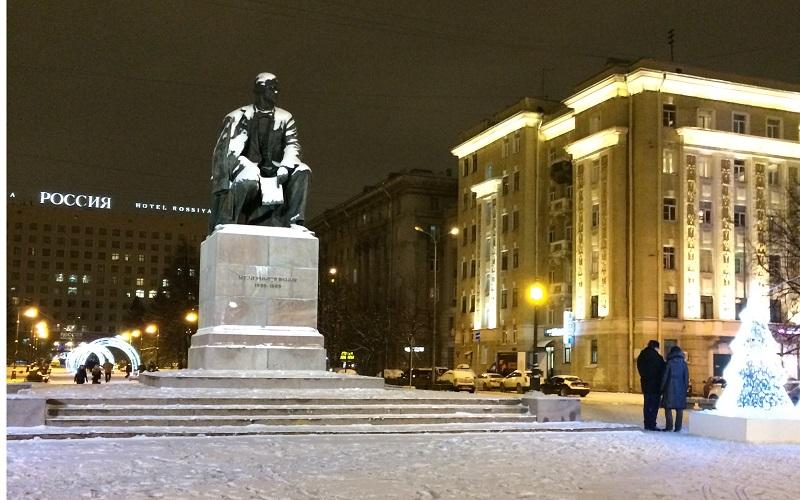 Памятник Чернышевскому Санкт Петербург